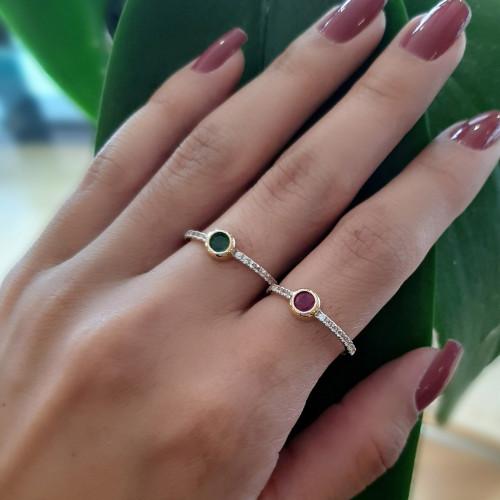Anel de ouro 18k esmeralda safiras brancas