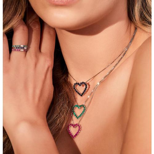 Gargantilha de ouro branco coração com esmeraldas cravejadas