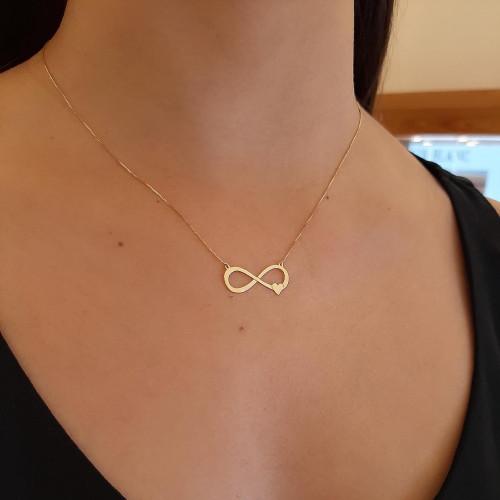 Gargantilha de ouro 18k simbolo infinito com coração