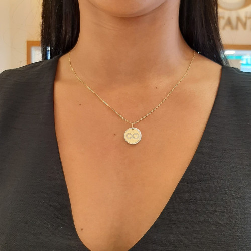 Pingente de ouro 18k madre pérola simbolo infinito