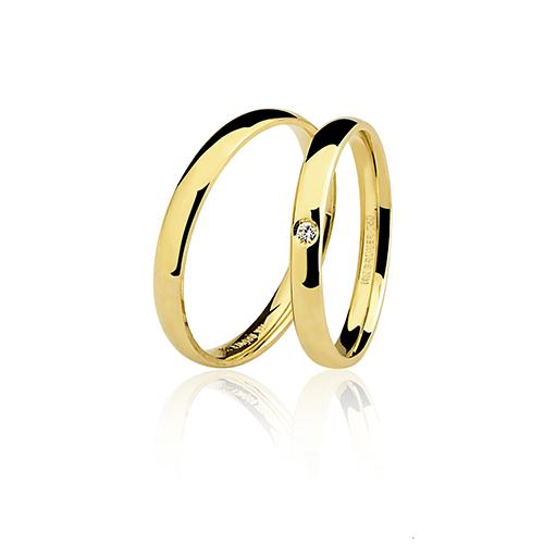 Aliança de ouro 18k lisa com brilhante (3.9mm)